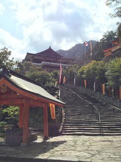 熊野那智大社前の石段