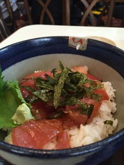 マグロ海鮮丼