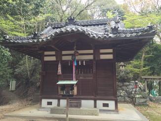 長谷山口座神社 拝殿