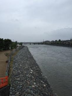 宇治川下流方向