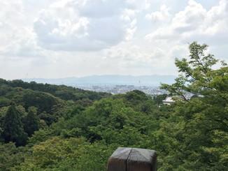 本堂から京都市内を望む